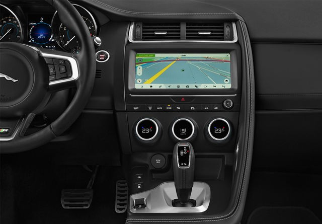 2020 Jaguar E-Pace interior infotainment touchscreen