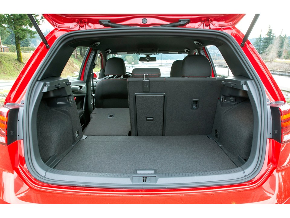 2019 volkswagen golf gti cargo space with upright seats