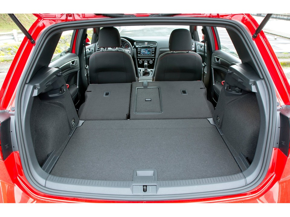 2019 volkswagen golf cargo capacity with down-flat seats